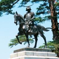 仙台城址【伊達正宗騎馬像】