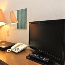 【客室】全部屋液晶TV完備(地デジ対応)