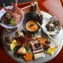 【2016秋のお献立】前菜は子持ち鮎有馬煮や道東サンマのお寿司など秋の味覚を少しずつ多種類お楽しみい
