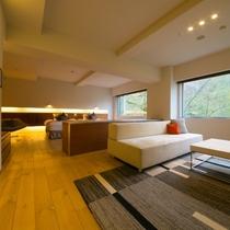 【スイート】空間の広さを感じられる開放的なワンルームタイプ。快適さと居心地の良さを追求しています。