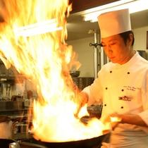 中華料理シェフ