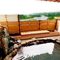 ■男性露天風呂・屋根付きで雨の日でゆっくりご入浴いただけます