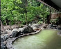 高尾の湯渓流露天風呂