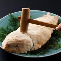【プラン&別注料理】鯛の塩釜焼き