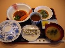 朝食/選べる朝食メニュー!『煮込みハンバーグ朝食』