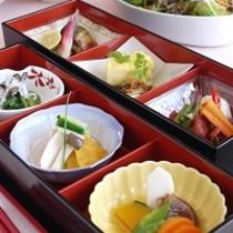 和朝食一例 プラス900円(税別)で和食への変更も