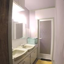 *【1階・貸切風呂】1階に2箇所ございます。お好きな時にお好きなだけどうぞ♪