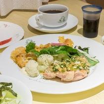 *【夕食一例】地元食材を中心とした「欧風家庭料理」