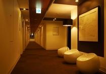 本館3F廊下