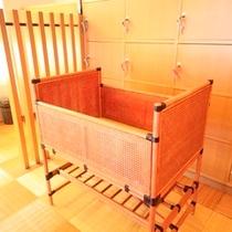 【大浴場】脱衣所・ベビーベッド