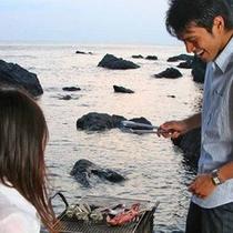 カップルは海辺が似合う!
