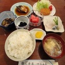 ご夕食の一例*