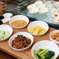 ■ご朝食一例:漬物コーナー