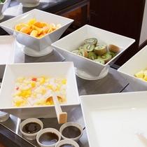 ■ご朝食一例:フルーツコーナー