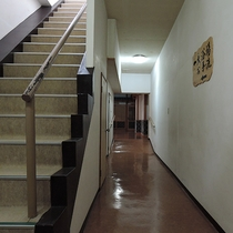 【館内】大浴場までの廊下です♪