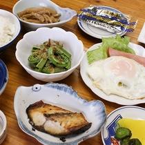 *【食事/朝食一例】一日の始まりに身体に優しい朝食をどうぞ。