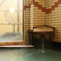 内湯 殿の湯 檜風呂