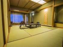 ★静寂な雰囲気漂う本格的【和室】(12.5畳+広縁付)