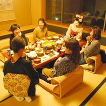 【舞妓さん過ごす夕食タイム】