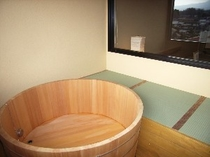 部屋付檜露天風呂