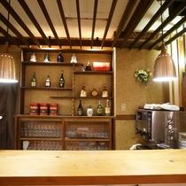 レストランカウンター飾り棚