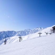 八方尾根スキー場から五竜岳遠景