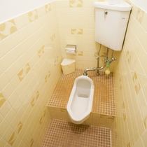 本館和室和式トイレ