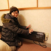 暖房は強力ボードヒーターでぽかぽか♪