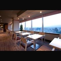 朝食会場15階レストラン「リコモンテ」