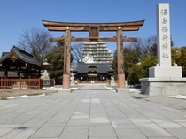 福島稲荷神社はホテルから徒歩5分♪福島県内でも有名な≪パワースポット≫です!