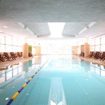 鹿山の湯では温水プールもご用意ございます。
