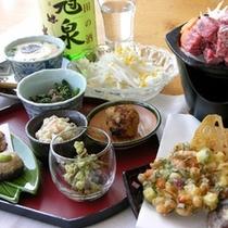 【夕食一例】心をこめてこしらえたお料理はここだけでしか味わえない一品ばかり。