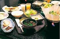 晩霞亭の朝食(一例)朝食も品良く豪華