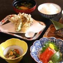 【料理】*アップ*季節の旬の食材を取り入れた食事