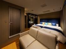 デラックスツインルーム・最上級の眠りをご提供するシモンズのベッドを使用(全室)