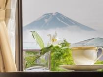 富士山の見えるお部屋もございます