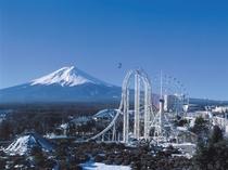 富士五湖の観光スポットにアクセス良好!富士急ハイランド駅まで徒歩10分