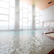 【大浴場】層雲峡一の豊富な湯量をお楽しみ下さいませ