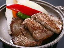 肉汁ジュワ~♪の牛ヒレ陶板焼き