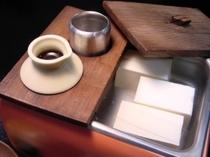 朝食の湯豆腐