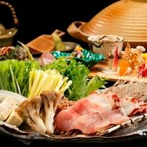 【選べるメインのお食事】お食事処「海つばき」では旬の食材を使用した海鮮しゃぶしゃぶをご用意
