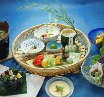 <七夕会席>涼しげに組み上げた季節の料理をご賞味ください。※イメージ
