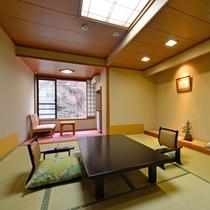 中屋敷 和室 シンプルな造りの中屋敷はお気軽にご利用頂けます。