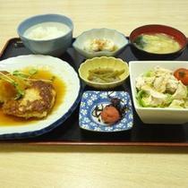 *【夕食例】手作りの夕食です、ぜひご賞味下さいませ。