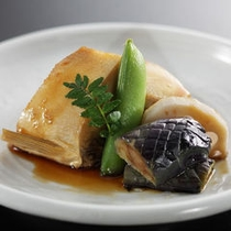 【夕食】地魚と夏野菜の旨煮