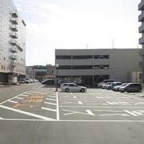 【駐車場】 平面駐車場