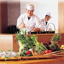 レストラン「妙菜庵」オープンキッチン お料理はお客様担当係の者がお運びしてます♪