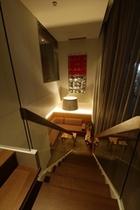 アーバンスイート 室内階段