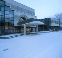 ホテル正面 冬