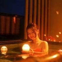 最上階の天空貸切露天風呂【星のおさんぽ】
